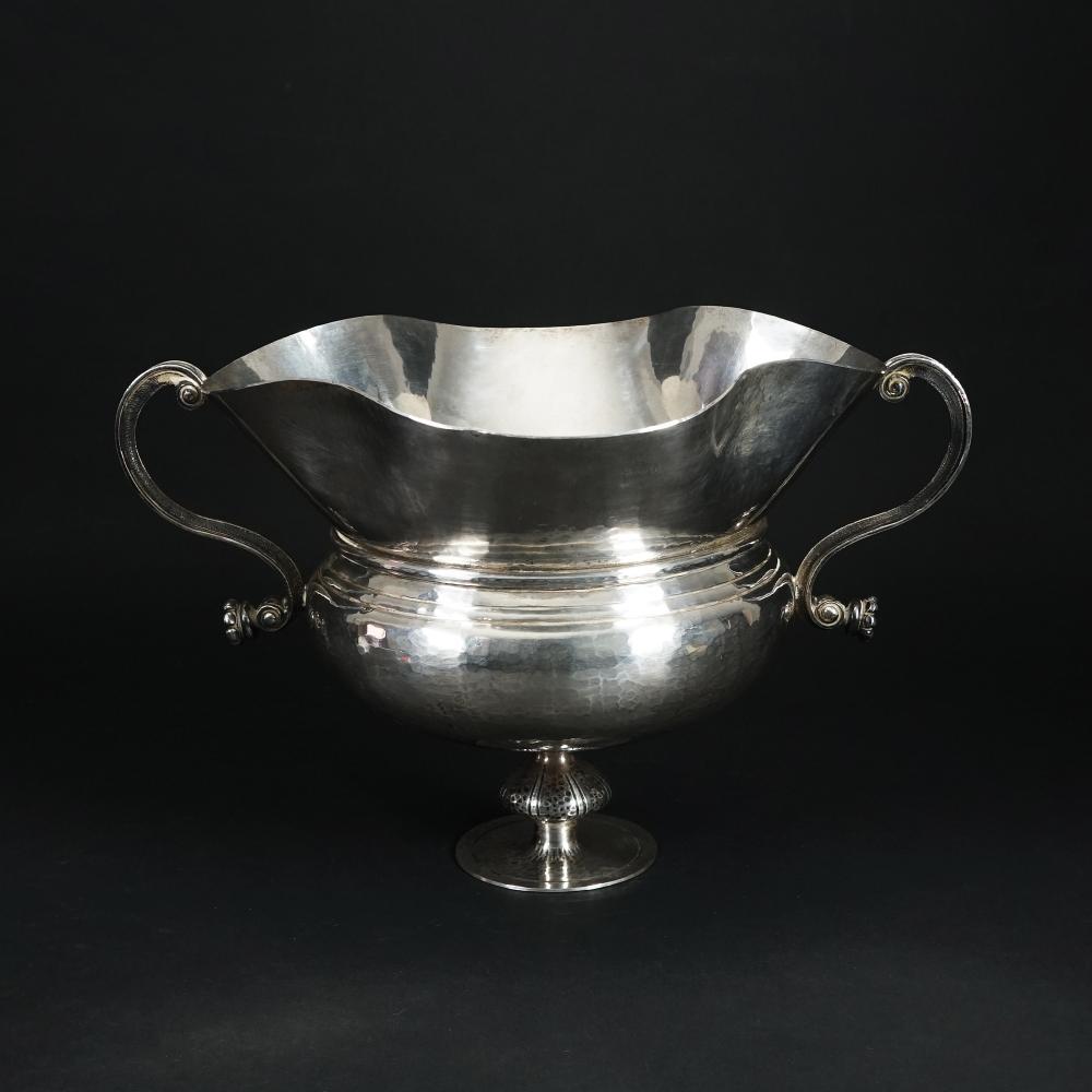 A sterling silver Bichierogra vase, Florence, Pampaloni