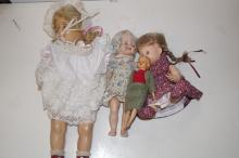 A collection of 4 vintage dolls