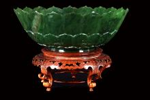 [CHINESE] EARLY 20TH CENTURY JADE CARVED LOTUS BOWL(WITH STAND) (548g) W:8.7