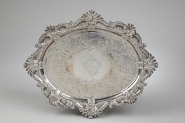 A late George III silver stand, London 1810, by Thomas Robins