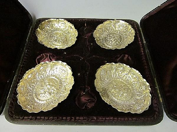 A cased set of four sweetmeat dishes, by William Comyns, London 1891, (4)