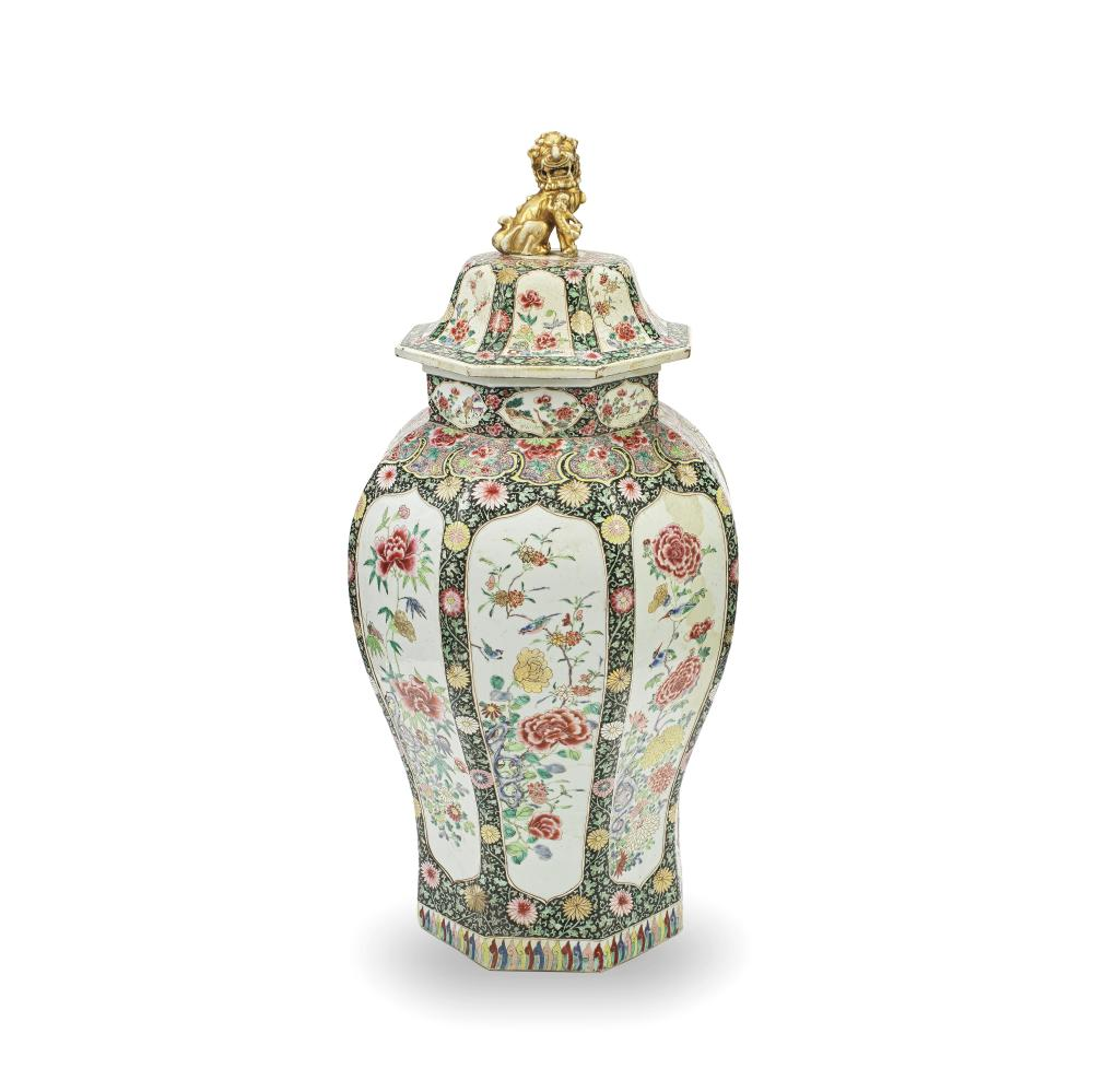 A VERY LARGE FAMILLE ROSE JAR AND COVER Yongzheng (2)