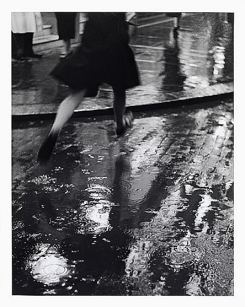 Wolfgang Suschitzky (British, born 1912) Charing Cross Road, London, 1937 50.5 x 40.6cm (19 7/8 x 16in).