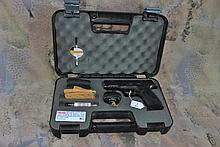 SMITH AND WESSON M&P 40 STAINLESS W/CASE & 2GRIPS