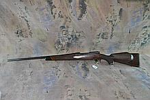WINCHESTER MODEL 70 25-06 bolt action Rifle
