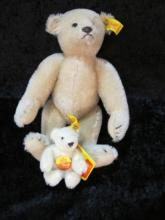 2 STEIFF BEARS MINT W/ LABEL 9.5 AND 3.5 IN TALL