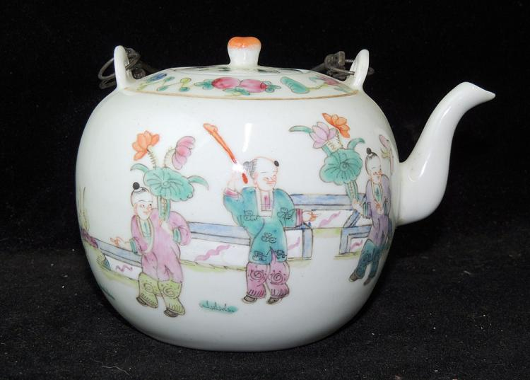 Chinese Porcelain Famille Rose Teapot