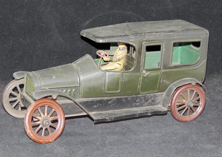 English Tin Litho Wind-Up Limousine