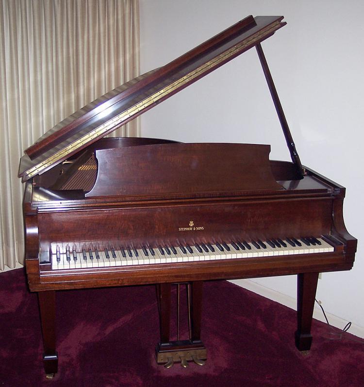 Steinway Baby-Grand Piano