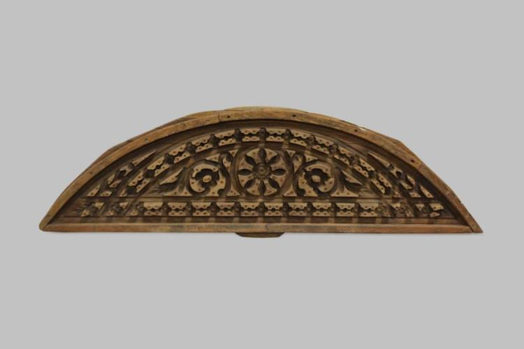 Carved Wooden Architectural Mold 19 1/2