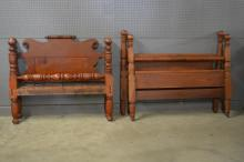 Group Lot: 2 Rope Beds