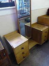 A Gordon Russell Cotswold School Dressing Table, t