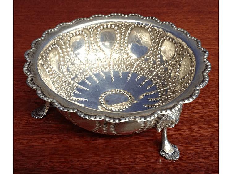 A Victorian Thomas Smily silver bon-bon dish,