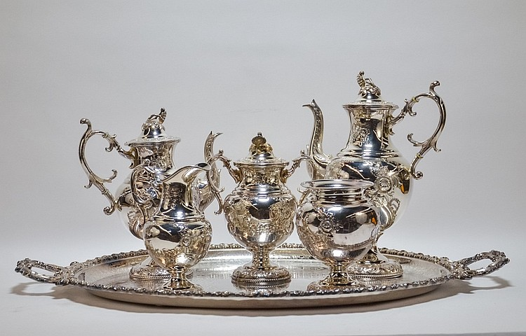 Meriden Silverplate Tea Set with English Plateau