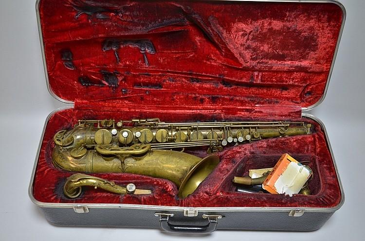 dating selmer saxophones Bünde