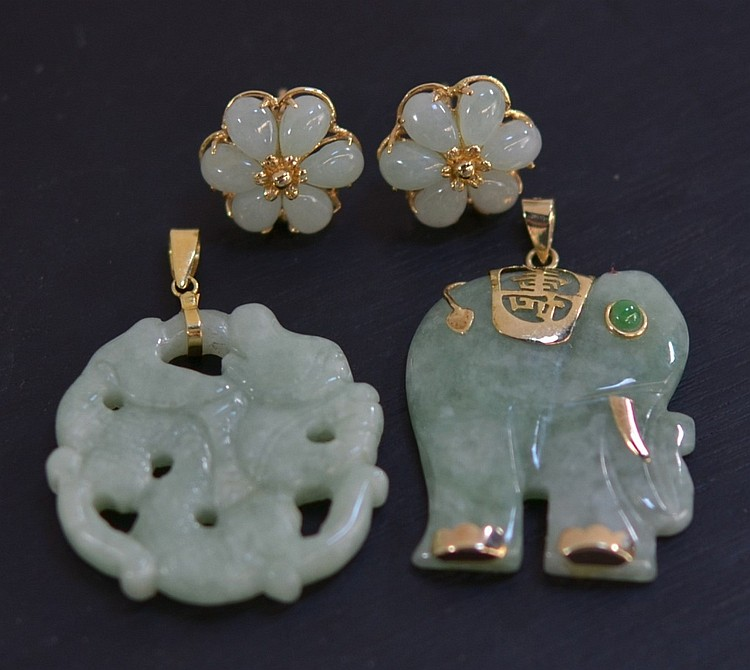 2 Chinese Celadon Jade 14KT Gold Pendant Earrings