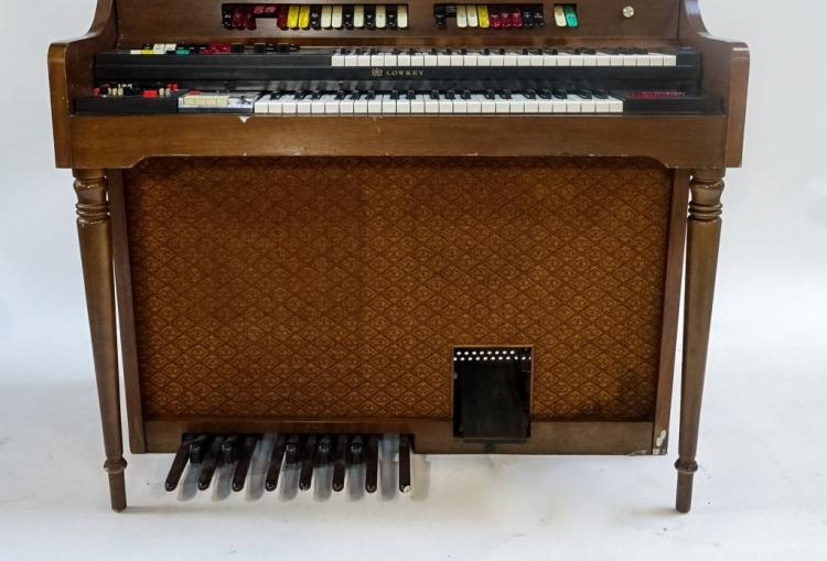 Vintage lowrey 6a k electric organ for Classic house organ sound