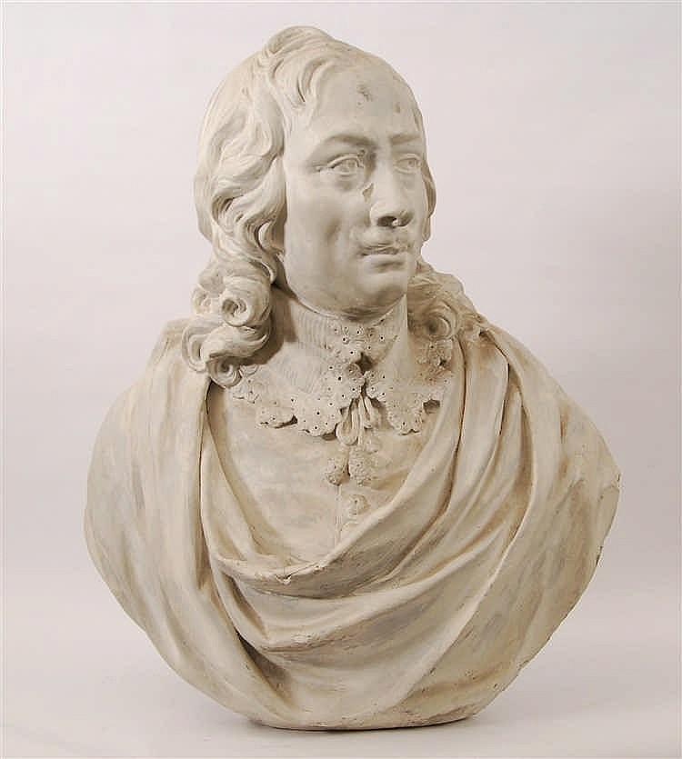Buste de gentilhomme Plâtre. XIXe siècle. H. 66 cm.