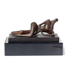 Henry Moore, Maquette for reclining figure