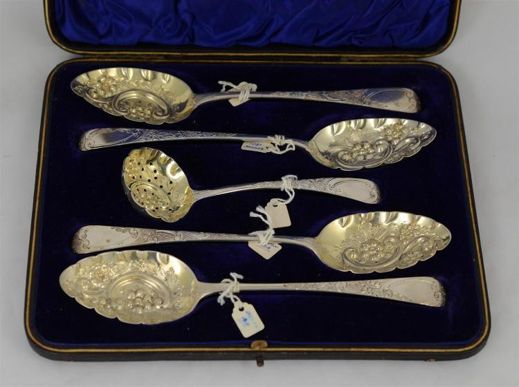 Boxed set 5 George III silver fruit spoons & a ladle; engraved handles and repousse bowls, London, various dates, c 1810, 8.00 TO