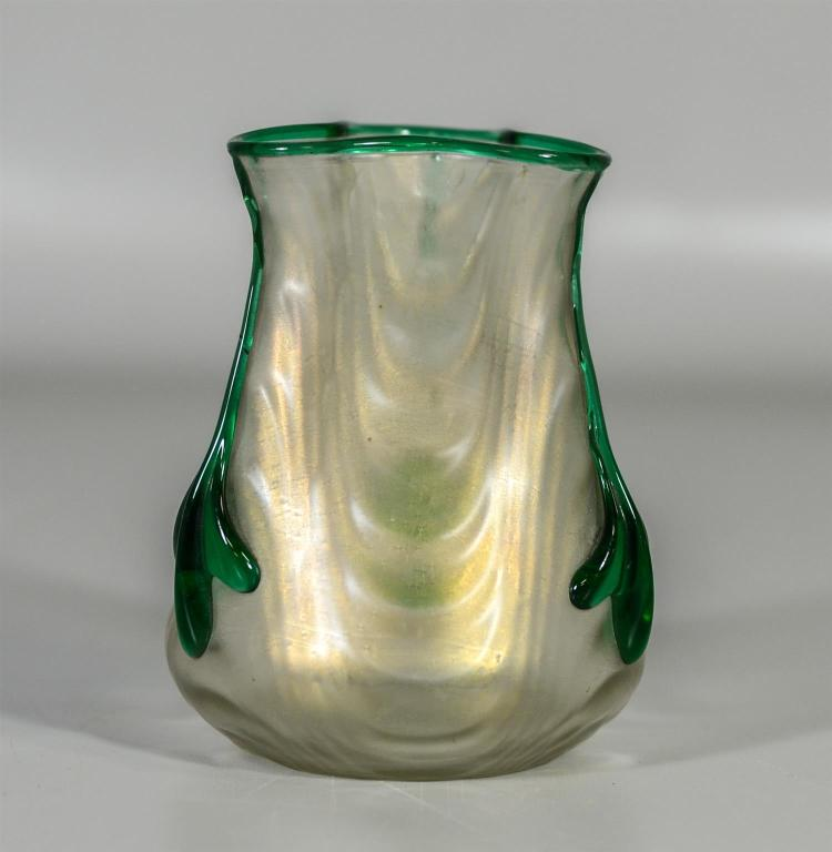 Loetz type tricorner vase, iridescent and green decoration, 5