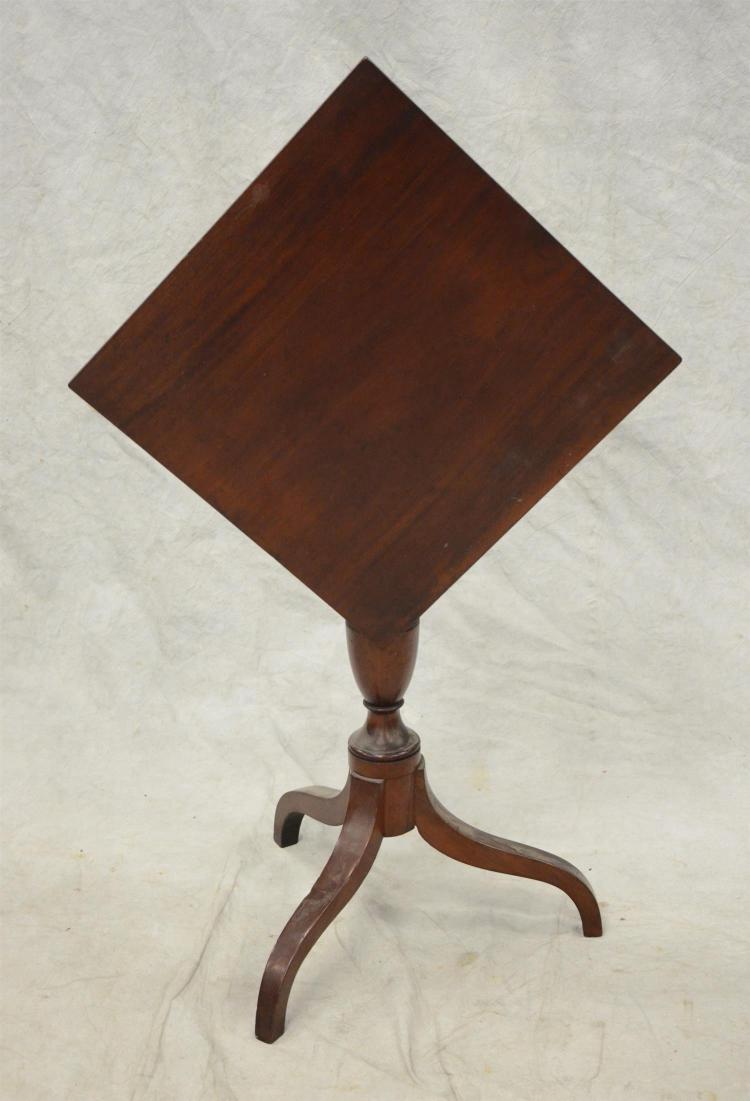 Mahogany Federal spider leg tilt top candle stand, square top, 18