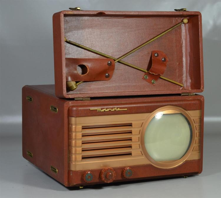 Motorola Model 7VT5RA suitcase television set, c 1949, in unknown working condition, but generally a good attic clean