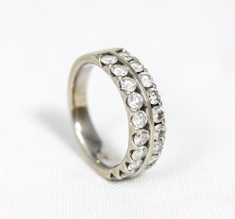 Unmarked white metal diamond wedding band, double row of round brillaint cut stones about 5 pts each, 1 carat total, size 6-1/4, 3