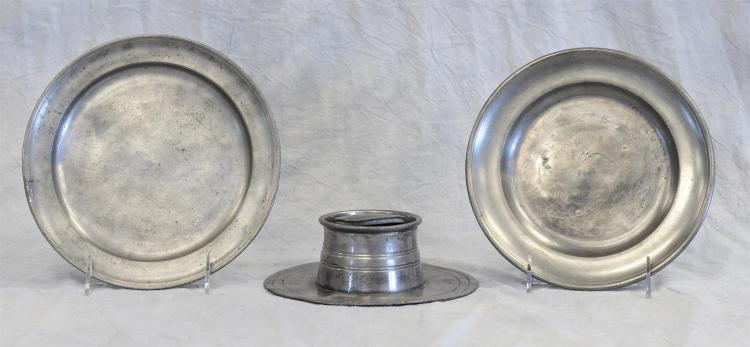 (2) American 18/19th c pewter plates, 8 1/4