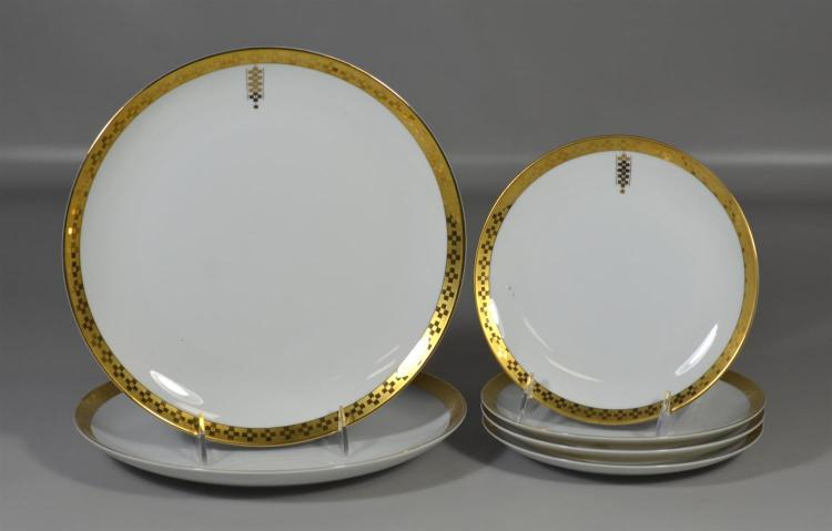 Six Imperial Frank Lloyd Wright design for Tiffany and Company plates, two (2) 10 1/2