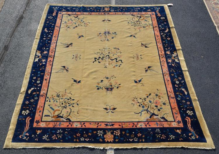 Chinese rug, 9'' x 11''5