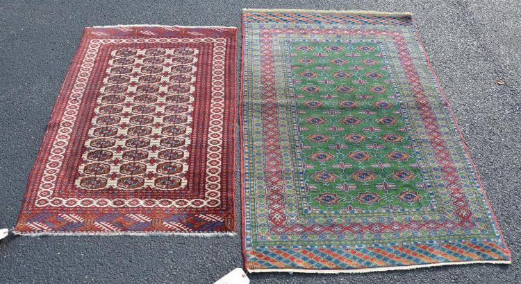 Green Bokhara rug, 3''2