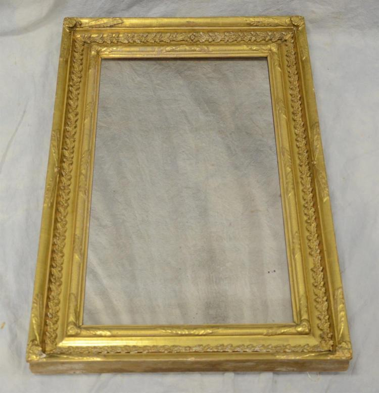 Antique American Empire gilt framed mirror, late 18th to early 19th century, wood and gilt gesso frame, measures 22 3/4
