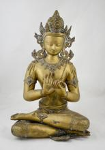 Indian bronze figure in lotus position, traces of turquoise jewels, finely engraved, 17