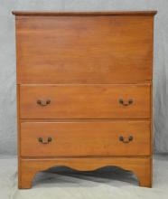 New England lift lid blanket chest with 2 drawers, 46-1/2