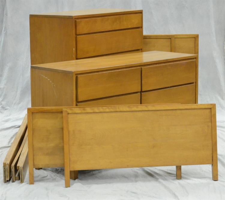 (4) pc Conant Ball designed by Russell Wright Modern Design bedroom set, includes (2) twin beds, high chest, and dresser, beds with ...