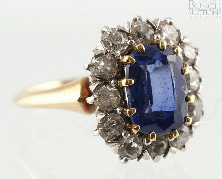 14K YG diamond & sapphire ladies ring, 8 x 6 mm sapphire, 12 round diamonds, 4-5 pts ea, size 5, 2.6 dwt