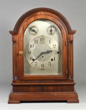 Seth Thomas Chime Clock No 2000, Sonora 8 bell Whittington & Westminster chimes, silvered dial in good condition, 16 1/4