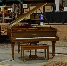 Kawai Grand Piano, Kg-2C, Serial number 1054856, Case length 68