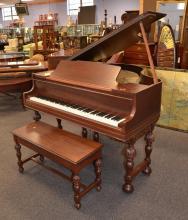 Starr Mahogany baby grand piano, SN 001704, Starr Piano Company, Richmond Indiana, 39-1/4