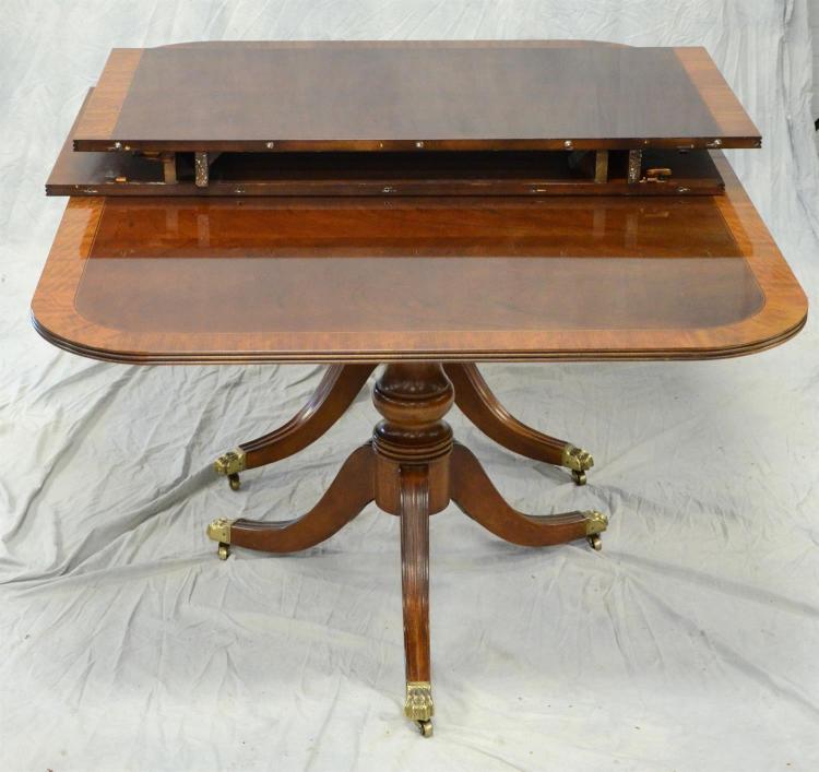 Double Pedestal Dining Room Table: Henredon Banded Mahogany Double Pedestal Dining Room Table