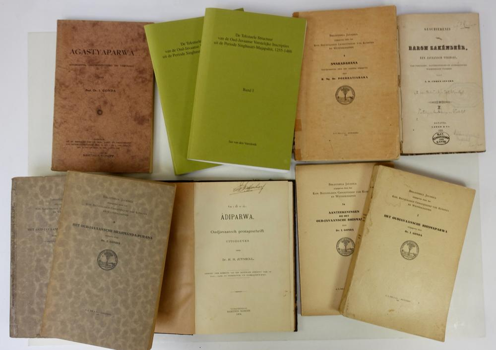 JUYNBOLL, H.H. Âdiparwa. Oudjavaansch prozageschrift. 1906. Cl. (A bit wormholed). Rare. -- J