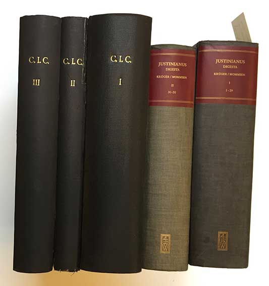JUSTINIANUS. Digesta Justiniani Augusti. Rec. Th. Mommsen w. P. Krüger. Ed.