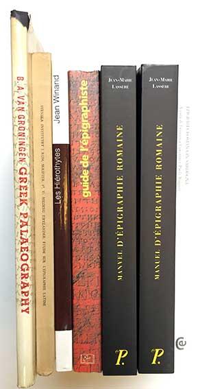 LASSÈRE, J.-M. Manuel d'épigraphie romaine. (2005). 2 vols. Owrps. -- H. TH