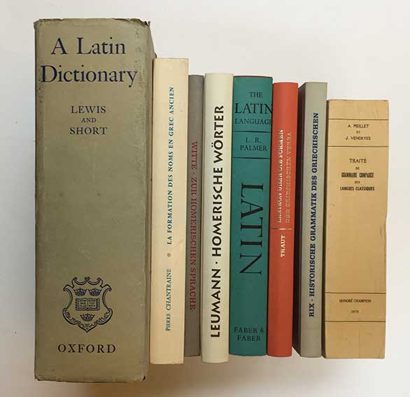 LEWIS, C.T. & C. SHORT. A Latin dictionary. Oxford, (1975). Sm-4°. Ocl. w.