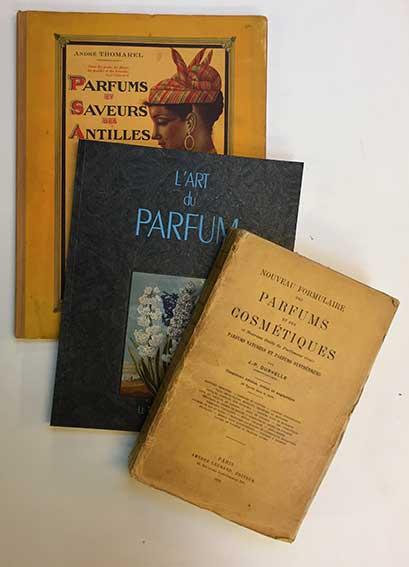 PERFUME MAKING -- DURVELLE, J.-P. Nouveau formulaire des parfums et des cos