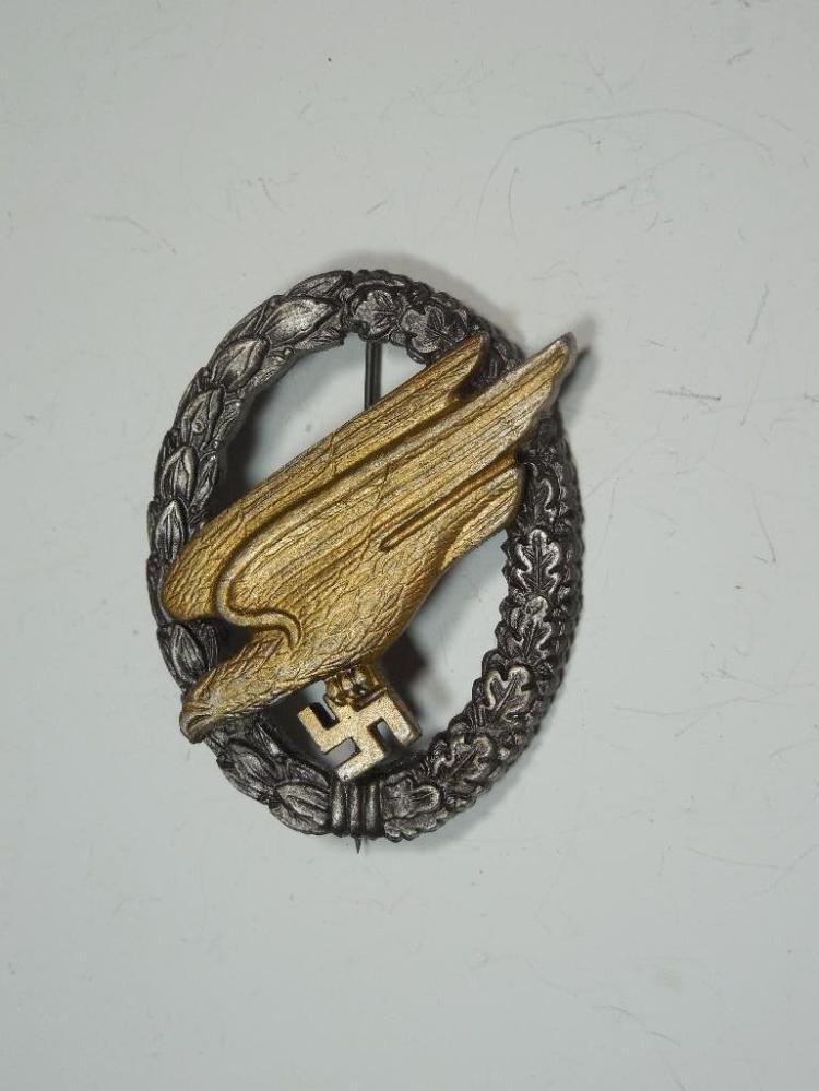Post WWII German Luftwaffe Parachutist Badge L58