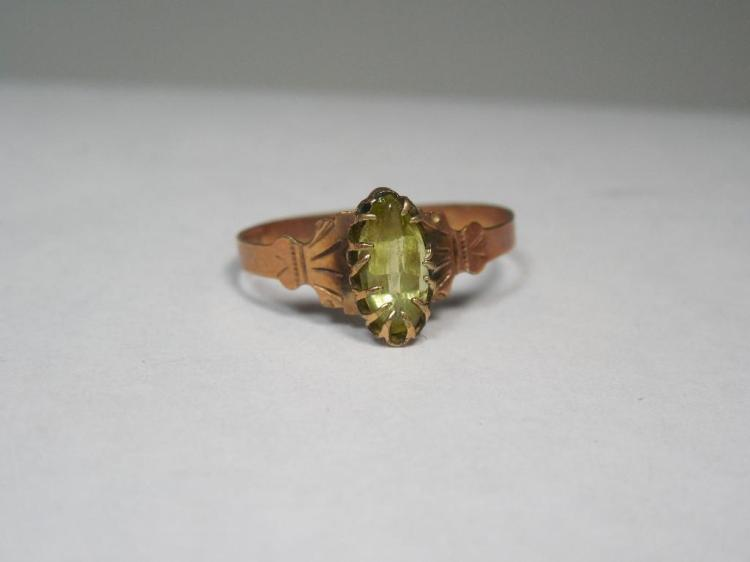 12k Gold Victorian Ring w/Gemstone Nice