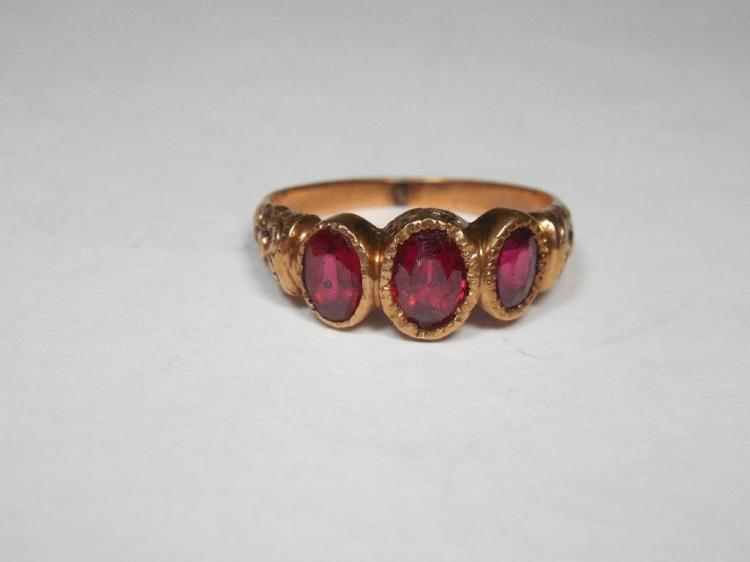 Gorgeous Victorian 10k Gold and Garnet Ring 4.3g