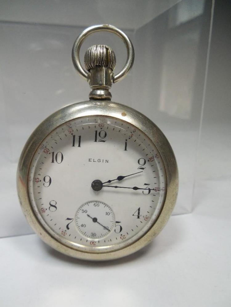 Antique Elgin Pocket Watch w/Locomotive on Case